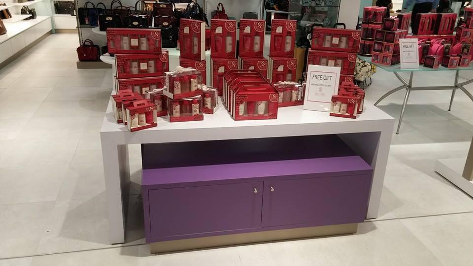 gift display units