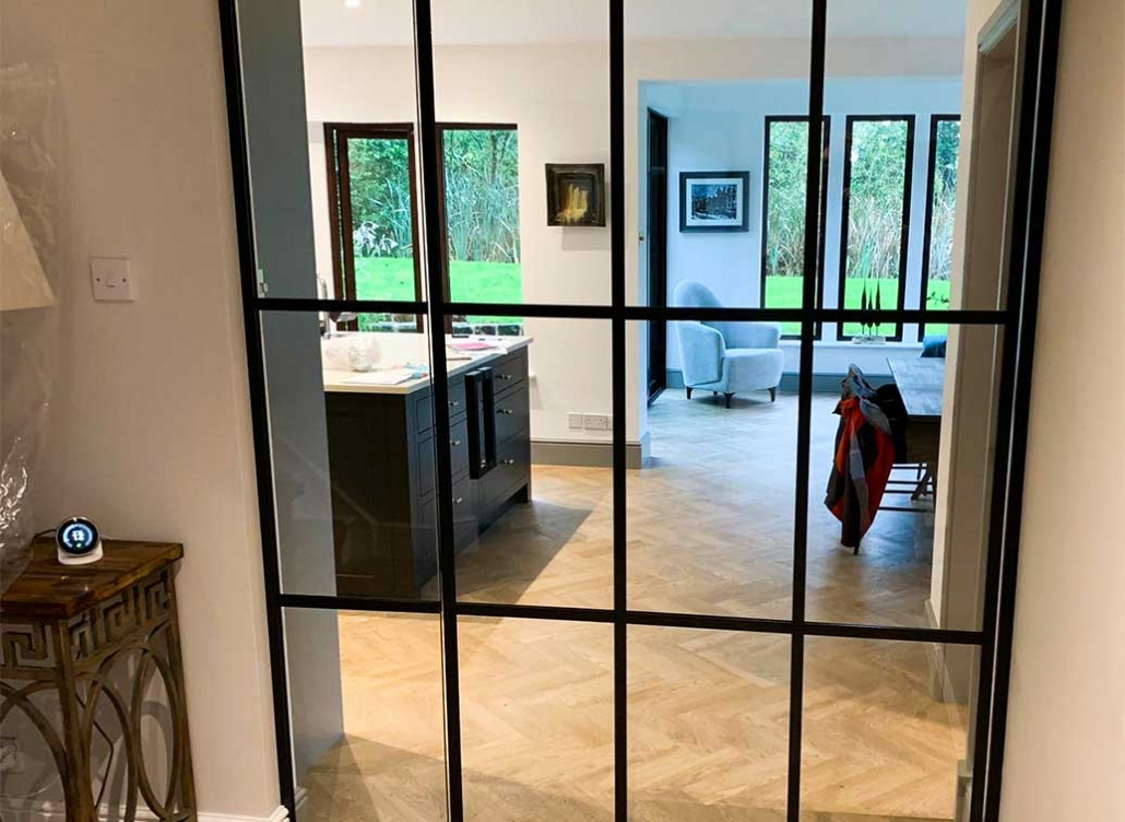 Domestic glass partition wall